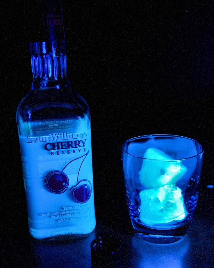 UV + Quinine + Tonic Water Ice Cubes