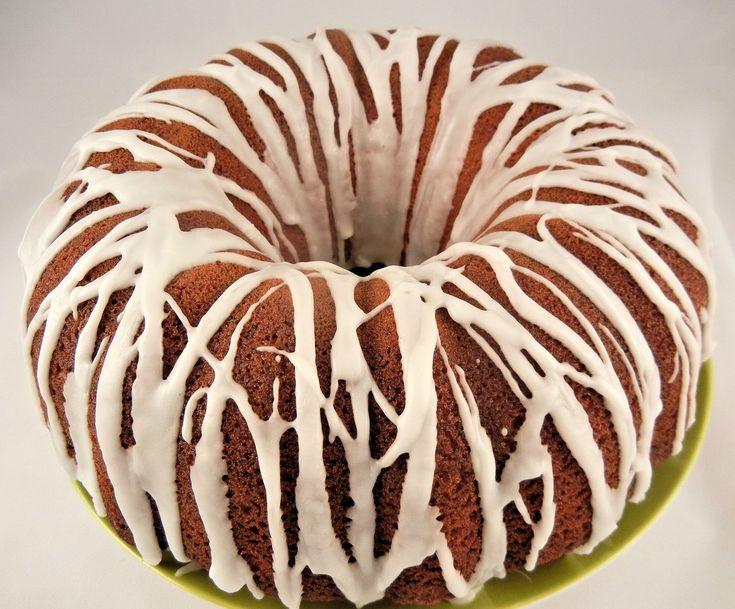 Havuçlu,tarçınlı,cevizli ve hafif bir tarif olan; havuçlu kek tarifleri :ISSIZ ADAM KEKİ pratik ve LEZZETLİ denemelisiniz.Tarçının mis gibi kokusu ile nefis