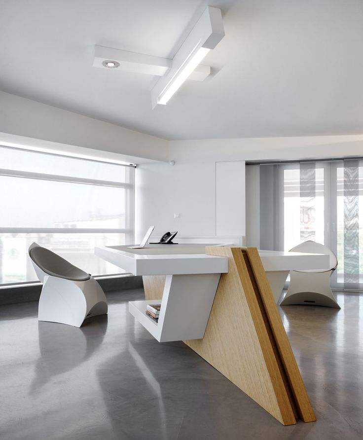 Modern Office Spaces: Minimalist-modern-office-space