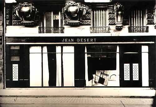Eileen Gray opened her own gallery, Jean Desert on Rue du Fauborg Saint Honore, France in 1922 and closed in1930. I am curious to why Eileen Gray closed her gallery. I wonder why she didn't have someone run it for her while she focused on her career as an architect.