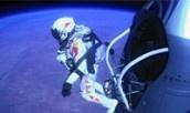 Felix Baumgartner schafft Überschall-Sprung