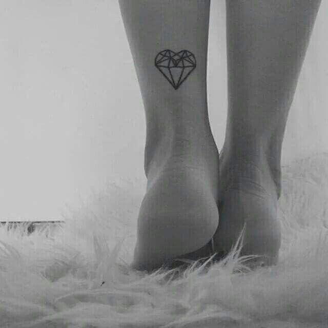 Geometric heart tattoo #diamond_heart_tattoo