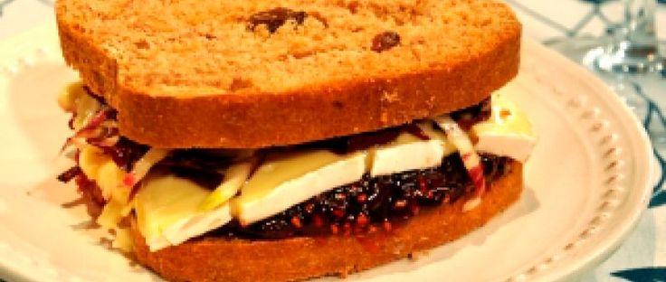 Pan de salvado con pasas y nueces
