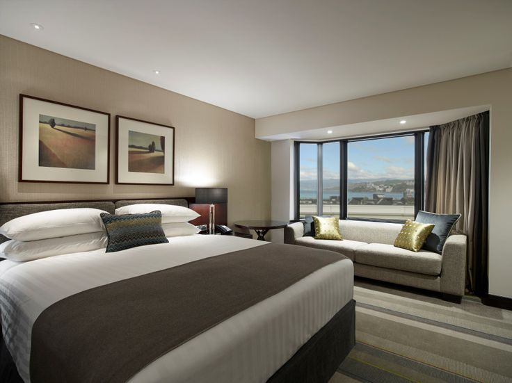 Feel inspired with a new King Deluxe Harbour View Guestroom.
