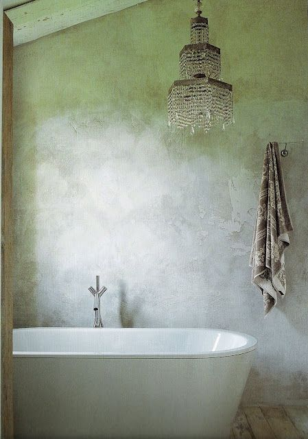 21.  bathing room image via Italian Country Living - collected by linenandlavender.net for:  http://www.pinterest.com/linenlavender/bath-design/ - featured in the post:  http://www.linenandlavender.net/2010/03/design-daily-italian-country-living.html