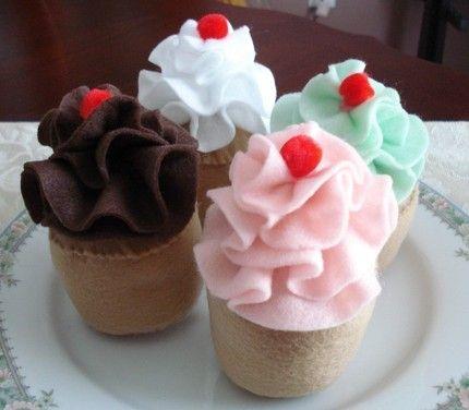Zero Calorie Cupcakes! :-)  Cupcakes of the felt variety.