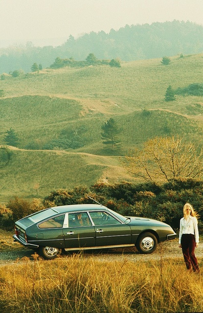 Citroën CX 2200 by Auto Clasico, for cruising this summer!