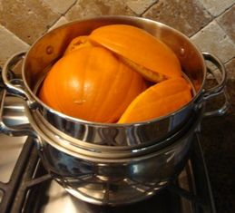 Instructions on how to make fresh pumpkin pie.  Love this website--it has lists of local farms and instructions on how to can/put up just about anything you might want to do!