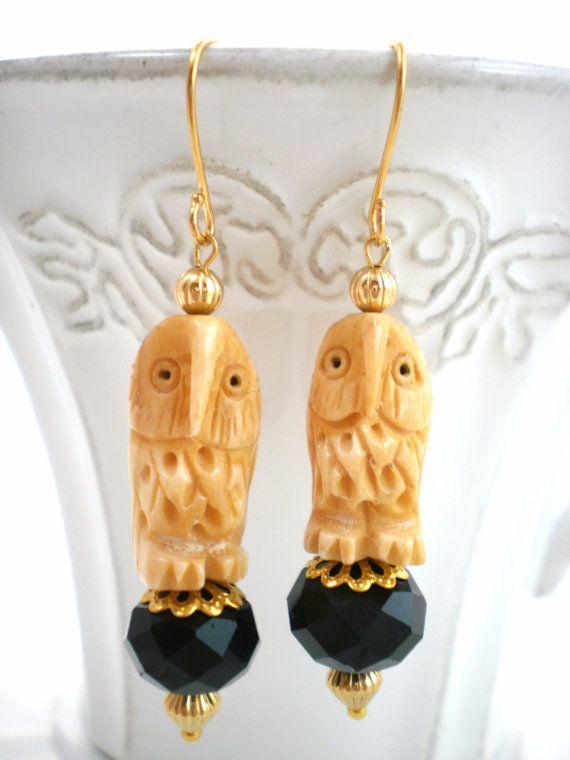 Sofia's bijoux vintage carved owls czech black di Sofiasbijoux, €24.90
