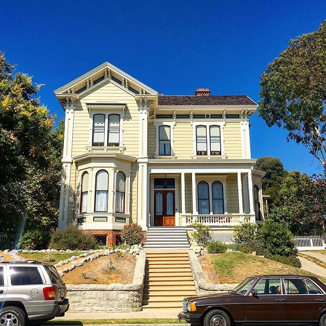 Los Angeles California Houses: 328 Best Yellow Houses Images On Pinterest