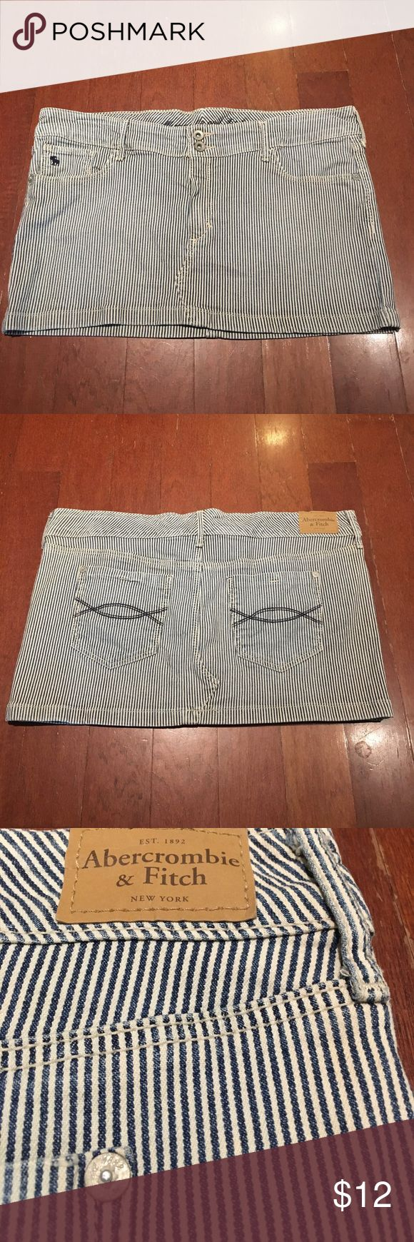 Abercrombie and Fitch mini Jean skirt. Size 8 Abercrombie and Fitch mini Jean skirt. Size 8. Great condition, no rips or stains etc. two front and two rear pockets. Very cute skirt Abercrombie & Fitch Skirts Mini