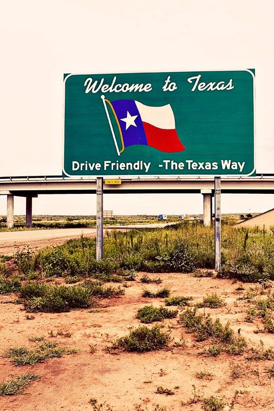 Route 66 Welcome to Texas roadside sign ☆