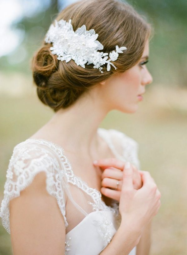 25 Prettiest Lace Bridal Hairpieces & Headpieces For Your Wedding ...