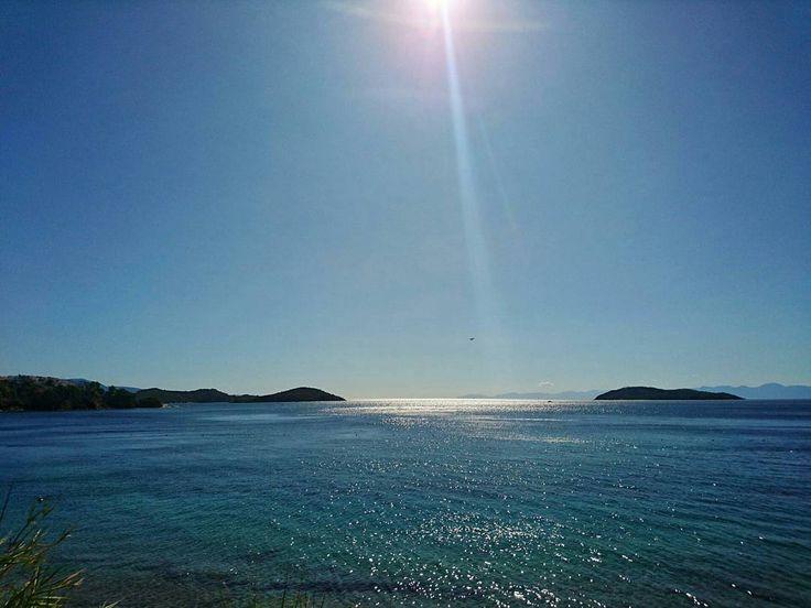 still summer here!! . . . . . . . . #summer #sea #seaview #wanderlust #explore #skiathos #aphroditeskiathos #aphroditestudios #sun