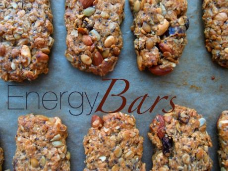 Tired of the usual, cardboard-tasting energy bar? Try this DIY alternative for nutritious refueling on the go.