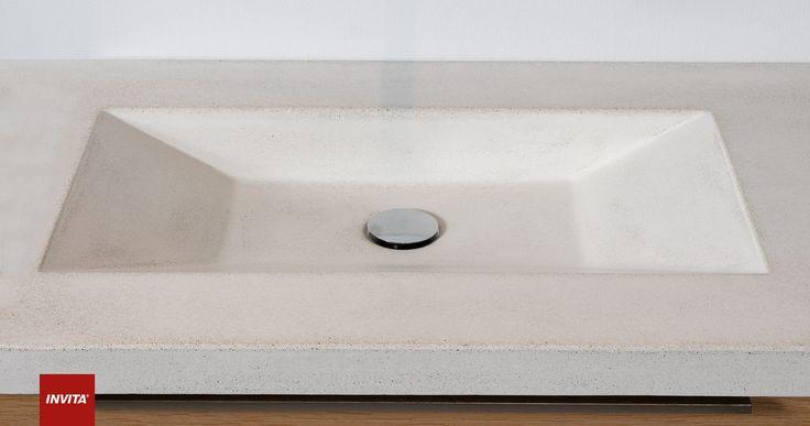 Rustikke naturplader, som er varmebestandige og meget slidstærke. Betonplader støbes af småsten, cement og vand, mens terrazzoplader støbes af skærver fra marmor eller hærdet glas. Efter støbning vandslibes bordpladerne, så deres silkematte overflader kommer frem.  Vores terrazzo- og betonplader støbes specielt efter dine ønsker og mål, og alle støbes i Danmark efter gode håndværksmæssige traditioner.