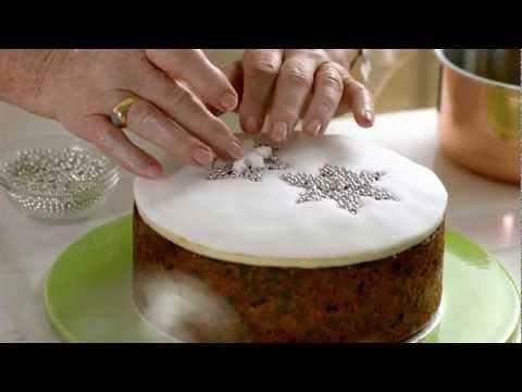 How to decorate your Christmas Cake -- Delia Smith for Waitrose