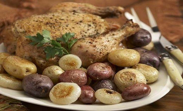 Pollo con cipolline e ananas