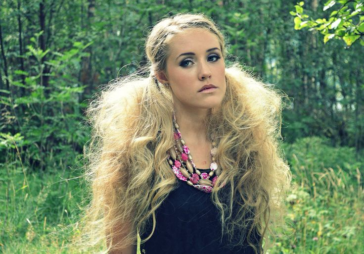 Hair by Edel Photo by Simone