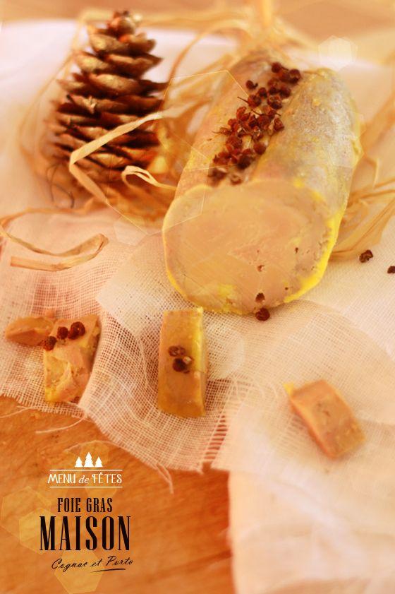 FOIE GRAS MAISON AU PORTO ET AU COGNAC * Pour 3 ballotins de 250 g  – 1 kg de foie gras de canard frais – 13 g de sel fin – 3 g de sucre – 3 g de poivre blanc moulu – 2 càs de porto rouge – 1 càs de cognac