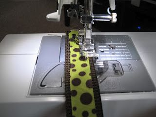 DIY dog collar and leash  seanandnicolehuddleston.blogspot.com