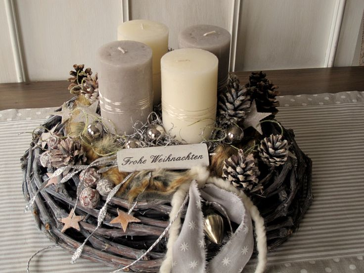 die besten 25 adventskranz holz ideen auf pinterest adventskranz ideen deko weihnachten und. Black Bedroom Furniture Sets. Home Design Ideas