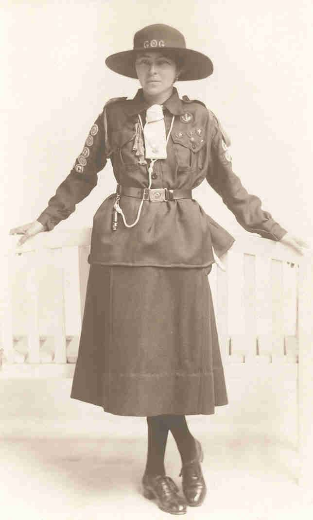 1920s UK Girl Guide uniform
