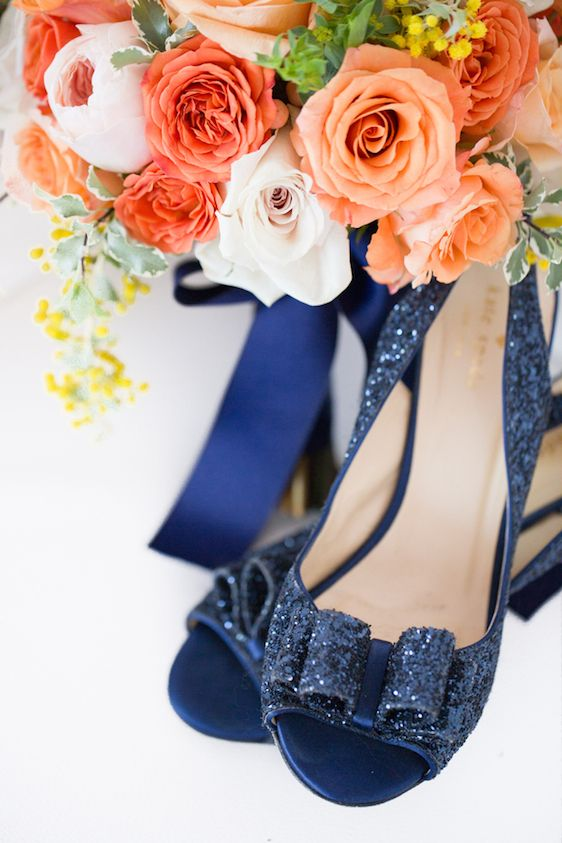 Modern + Preppy Wedding with Navy Blue and Tangerine - www.theperfectpalette.com -