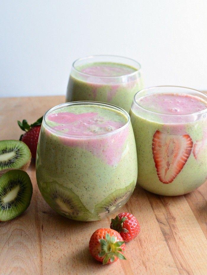 smoothie de morangos e kiwi, um pequeno-almoço rápido, fácil, delicioso e saudável, claro!