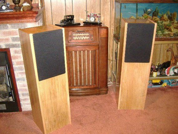 THIS IS A COMPLETLY HAND-MADE 42 THREE WAY TOWER SPEAKER SYSTEM. IT HAS TWO 10 WOOFERS . ONE WOOFER IS IN THE LOWER REAR FACING PORTED CHAMBER. THE UPPER