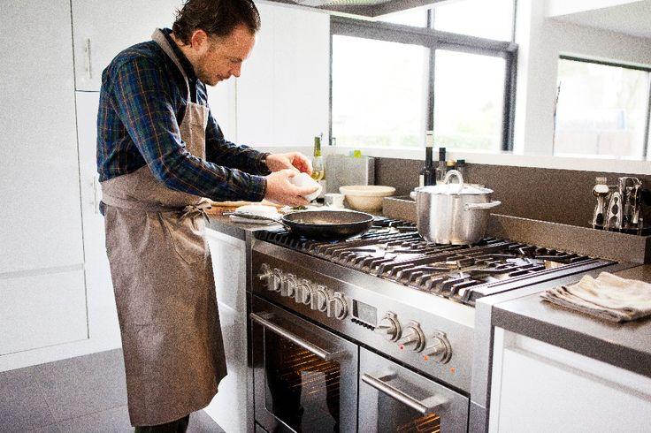 ATAG fornuis met de prestaties van een restaurantkeuken. Verkrijgbaar via http://www.keukenloods.nl/fornuizen/fornuis-90/merk-atag