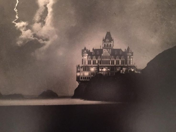 Cliff House early 1900's