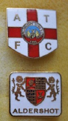 Редкие, очень старые, эмалевые знаки английский профессиональных футбольных клубов:ФК Алдершот