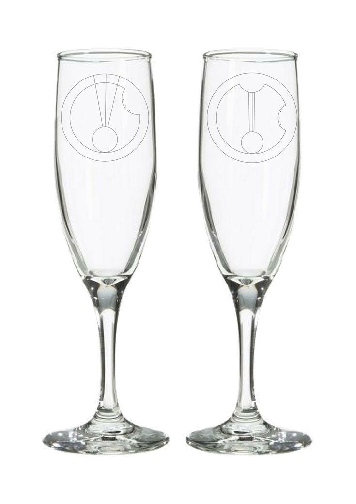 Mr & Mrs Gallifreyan Dr Who Champagne Flutes – Geek Wedding Gift