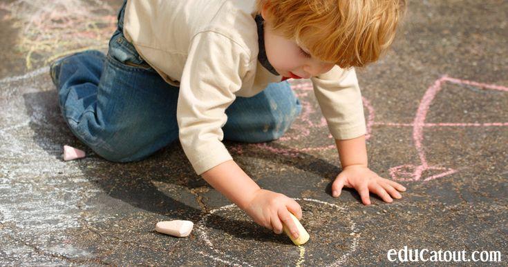 Fabriquez vos propres craies à trottoir géantes.