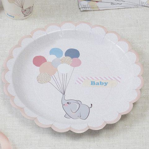 Tallerkner i vores nye design med den lille elefant. Perfekt til barnedåb og babyshower.