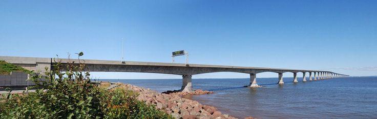 Puente Confederation (New Brunswick, Canadá): Un largo y estrecho puente sobre aguas muy frías. En algunos puntos cruza agua completamente congelada (Wikimedia Commons).