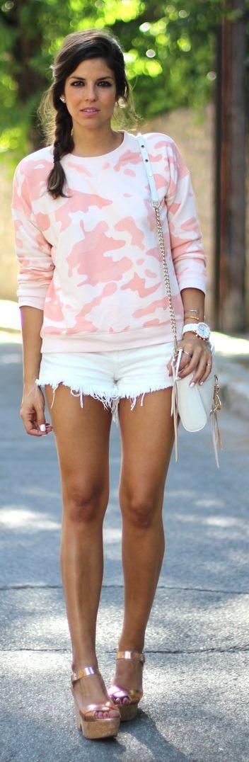 Zoe Karssen Coral Cute Camo Sweatshirt by TrendyTaste i love the sweatshirt!