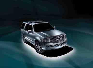 Best 7 Passenger Vehicles: #7 2012 Lincoln Navigator