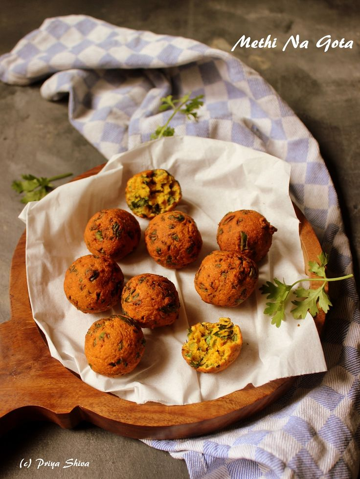 Methi Na Gota - The subtle spices and fenugreek leaves make it a perfect #teatime #snack ..