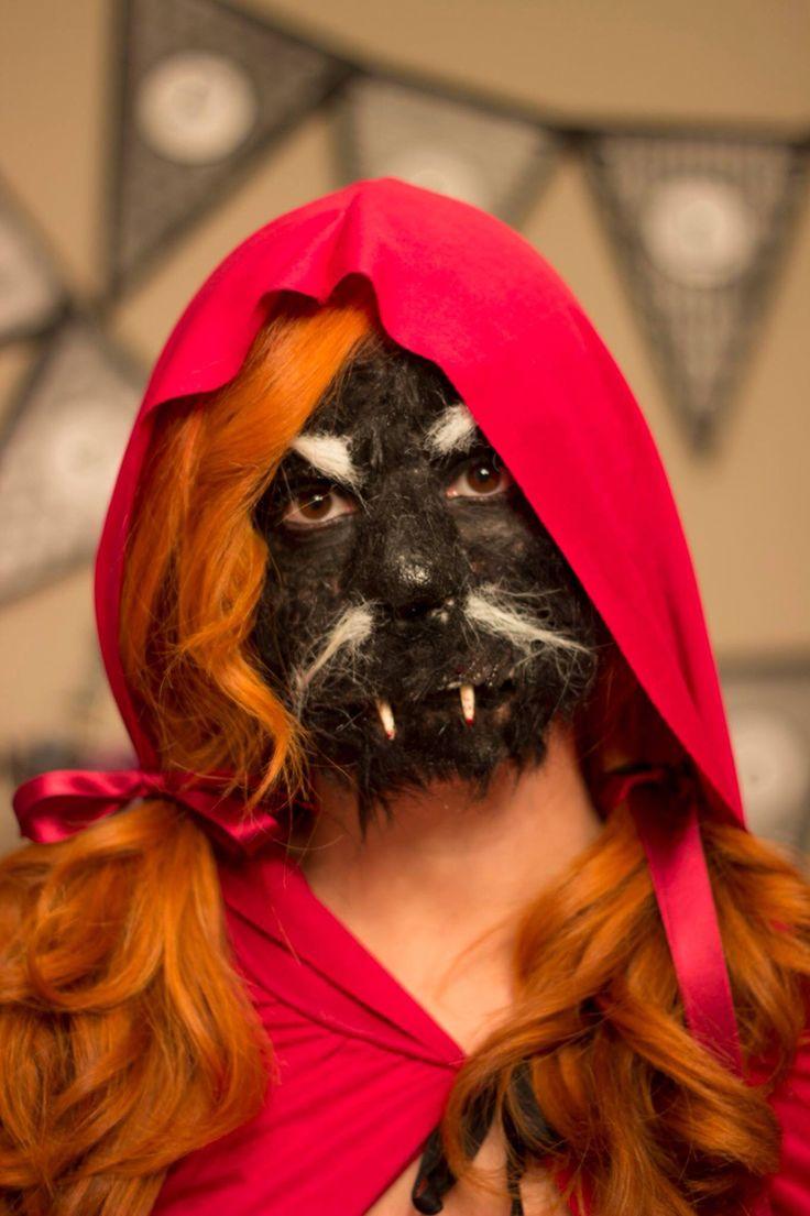 Ya podemos desvelar el secreto del disfraz de #halloween . Que os parece? Os gustaría que os expliquemos como hacer este maquillaje espeluznante? #halloween2014 #disfraz #costume #caperucita #lobo #littleredridfinghood #wolf #mycraftybirds