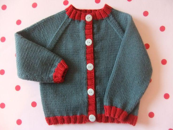 Rebeca de punto bebé mano en verde azulado oscuro por TillyandLola, £26.50