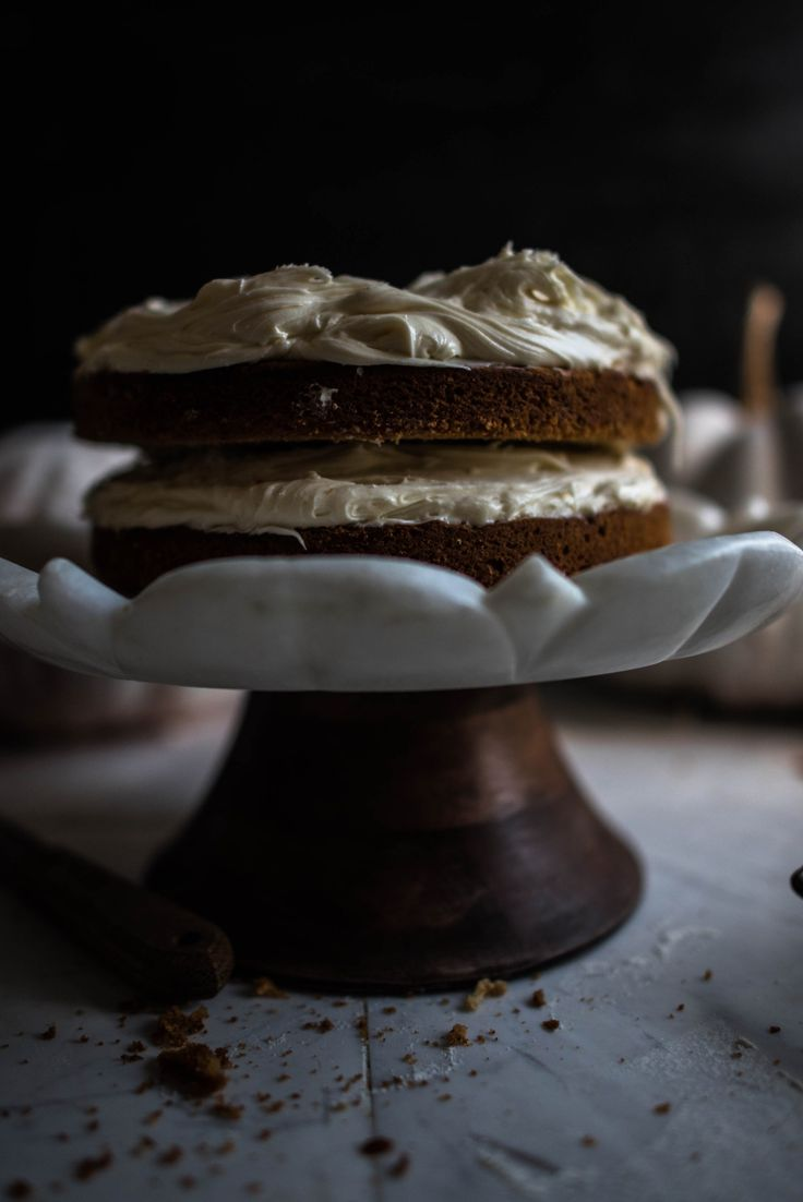 Pumpkin spice cake with honey & cheese frosting | Γλύκισμα με κολοκύθα & μπαχαρικά και γλάσο με μέλι & τυρί - Cinnamon Spice by Athena Konstantinou
