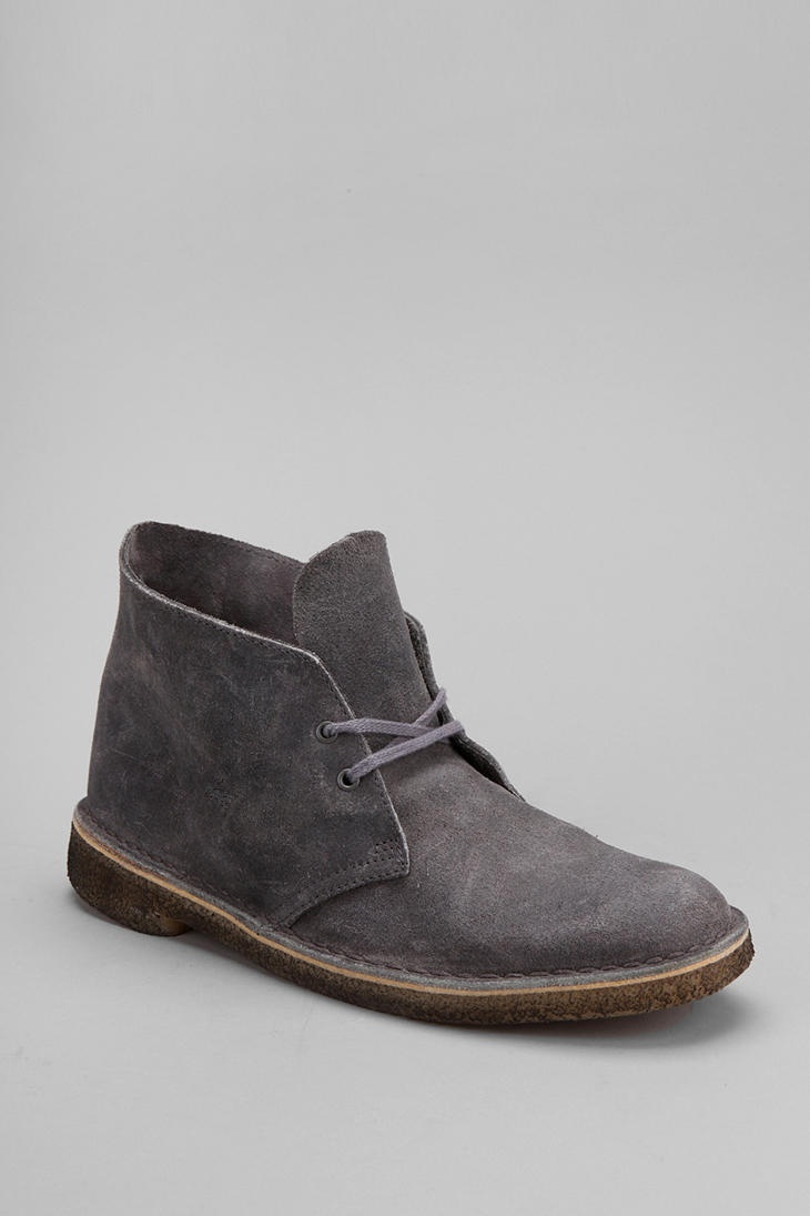 clarks chukka boot. The hubby has these in sand..looks great with straight leg slim cut jeans!