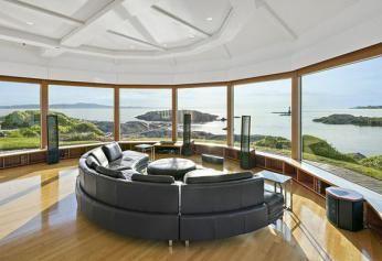 Inside a $5.3 million Seaside Cabin