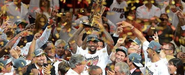 Miami Heat: LeBron James celebra el título de campeón de la NBA