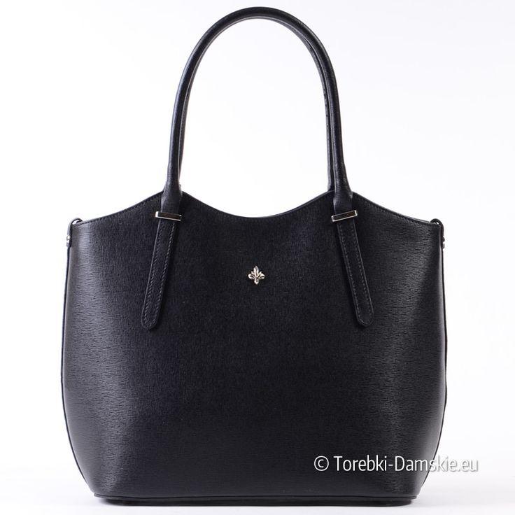 Czarna torebka damska ze skóry saffiano. Pojemna, stylowa, niezwykle elegancka Zobacz duże zdjęcia http://torebki-damskie.eu/czarne/1347-wloska-torebka-z-czarnej-skory-saffiano.html