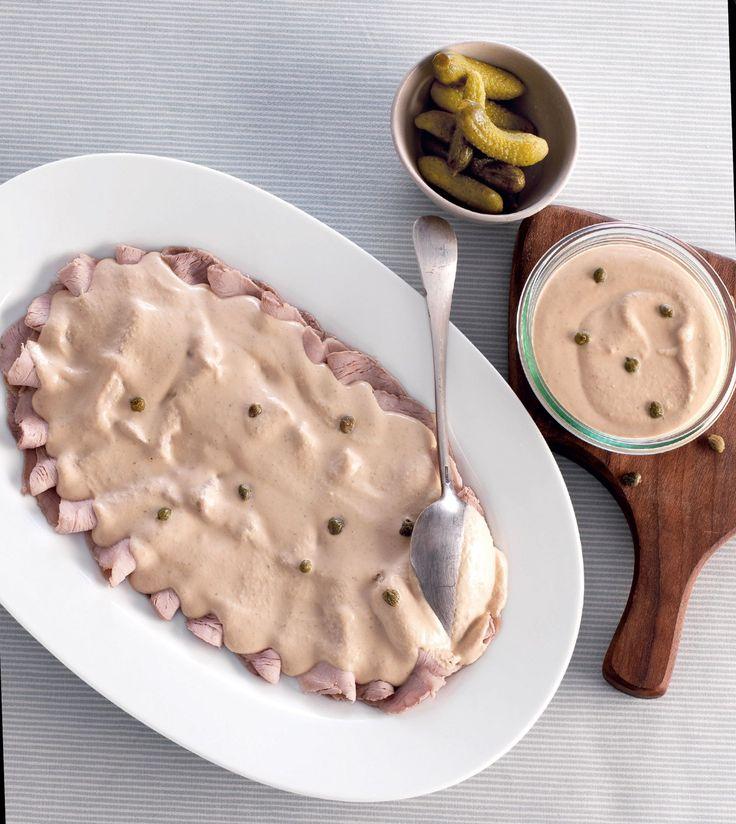 Vitello tonnato, chiamato anche Vitel Tonné è una ricetta d'origine piemontese