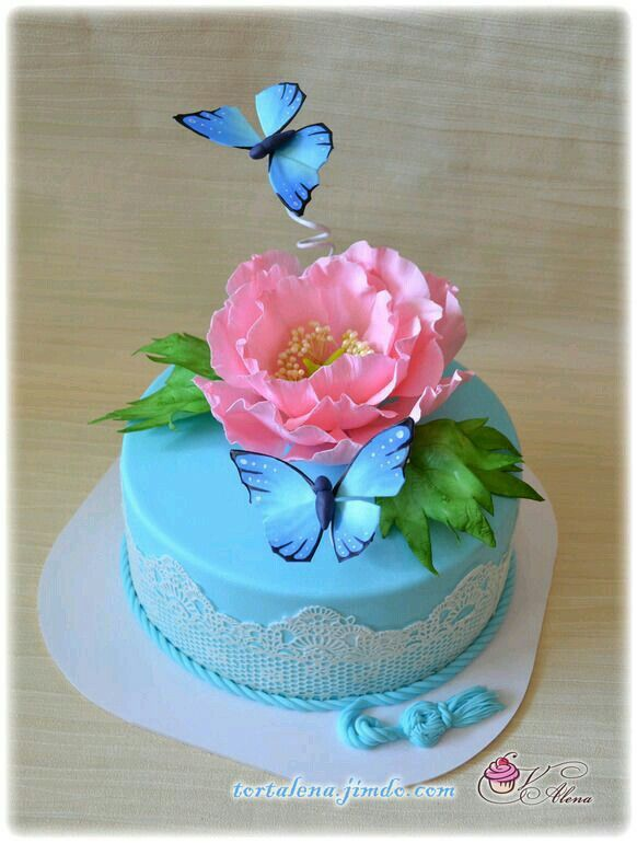 Wilton Butterfly Cake Decorating Ideas : 1418 best images about Butterfly Cakes on Pinterest ...