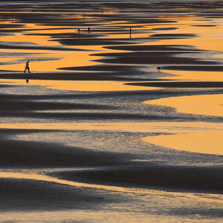 Sandgate colours by Mark  Lawson on 500px